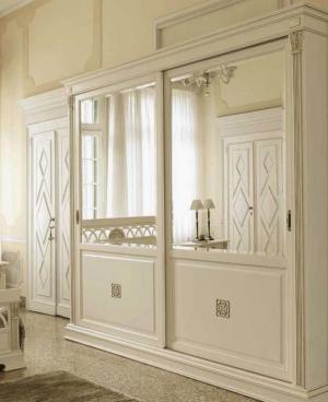 Шкаф купе с филенкой и декоративной накладкой эмаль Чита